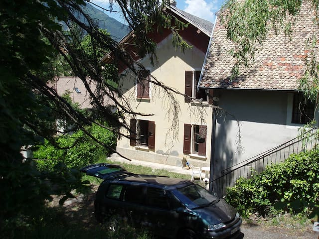 Maison de campagne ancienne - Clelles - House