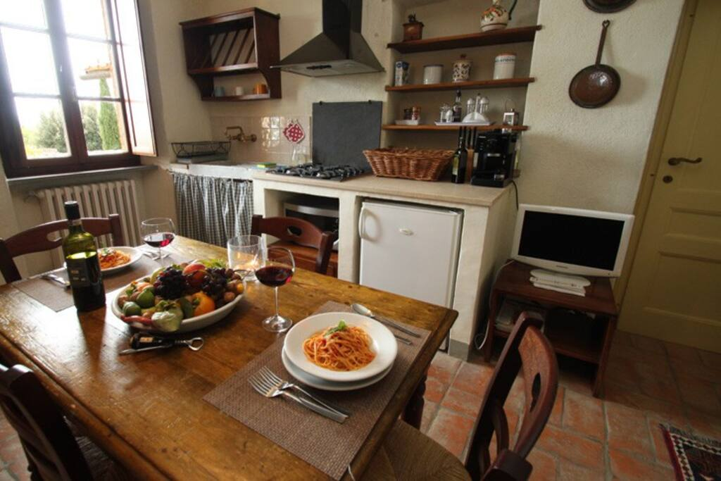The Kitchen with oven, dishwasher, coffee maker , fridge and all you need to have breakfast, lunch and dinner there.