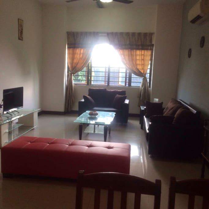 Living room ..