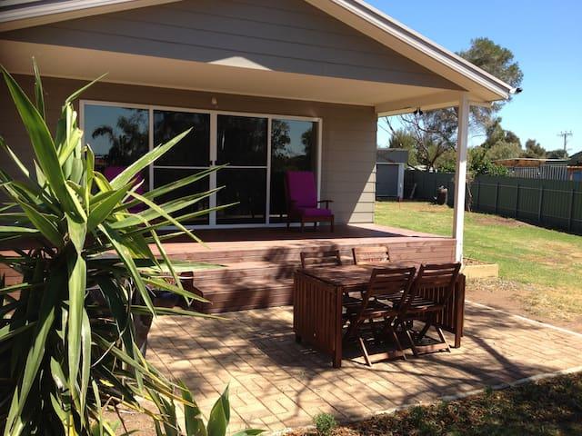 Acacias Clayton Bay - Clayton Bay - Rumah