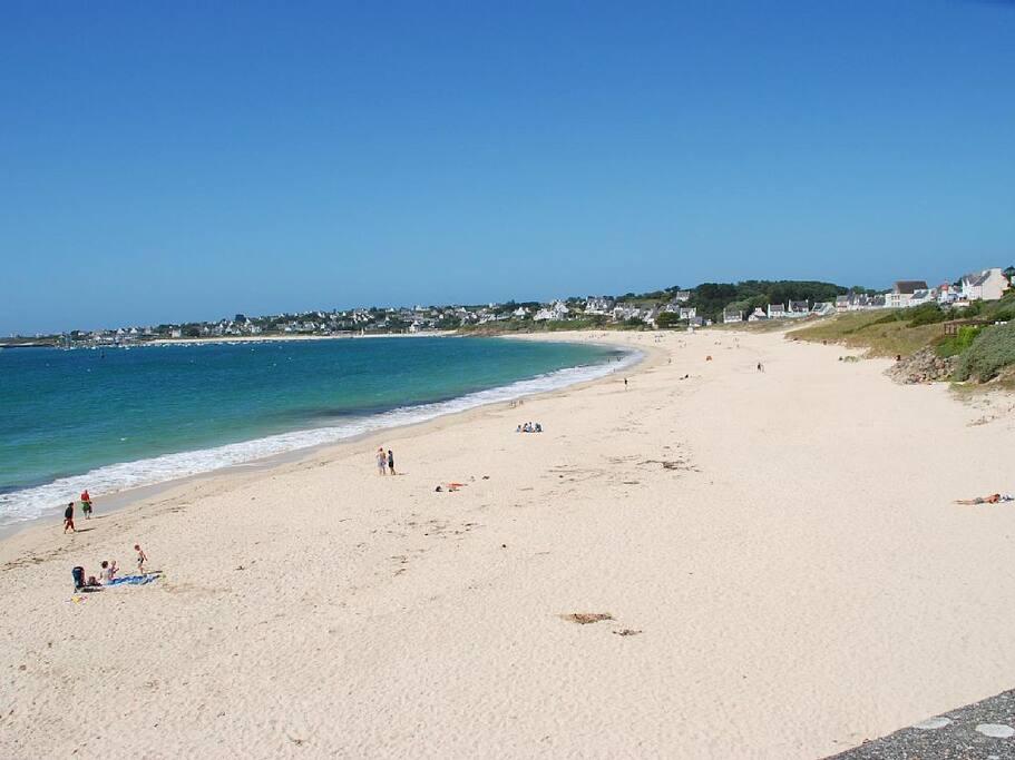 Superbe plage de sable fin à 800 mètres de la maison