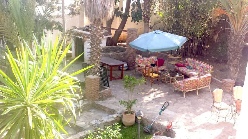 Villa Aouchtam ( 1400 m ) - Oued Laou