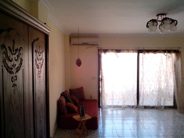 BEAUTIFUL CENTRAL FLAT WITH SEAVIEW - Hurghada - Appartement