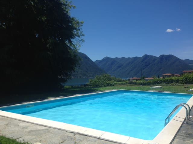 Villa Lenno In Lenno sleeps up to 10 with a pool