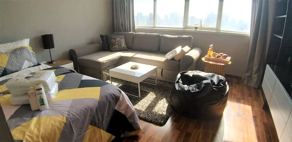Luxury Cozy Studio Apt. Sea View & Housekeeping