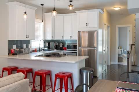 NEW 3 BR Luxury Private Home, Boston/Seaport/BCEC