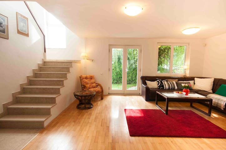 Family house in Prague with garden