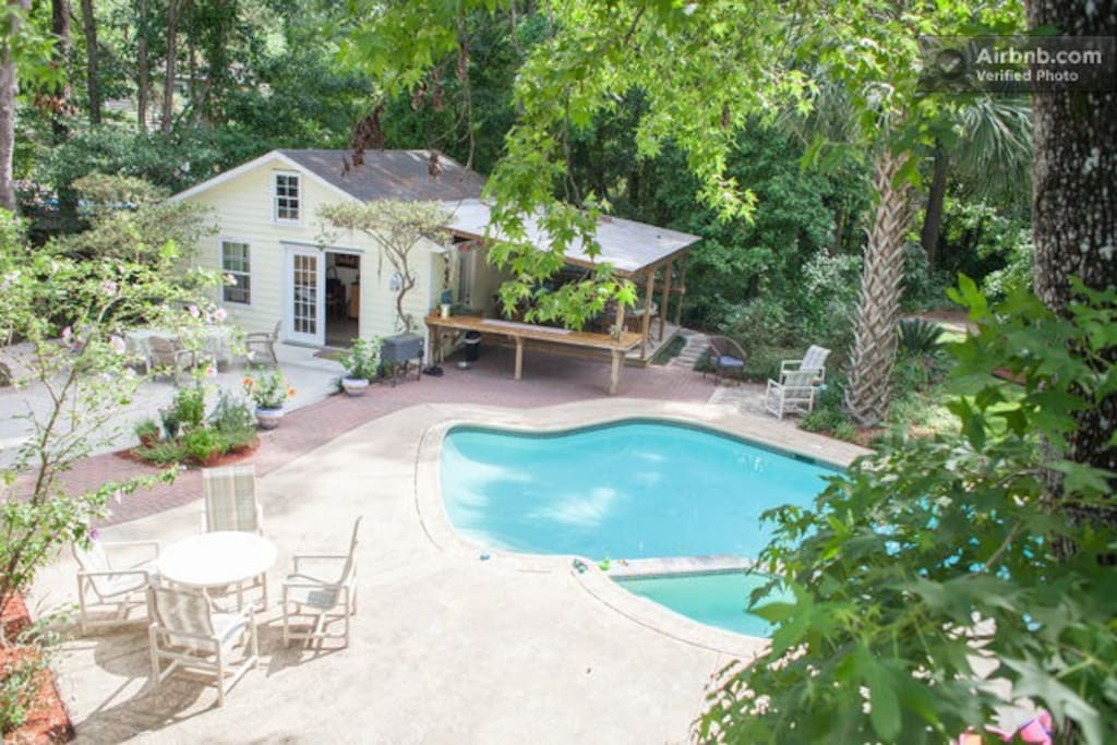Guest house near beach and historic charleston pensione for Guest house on the mount reviews