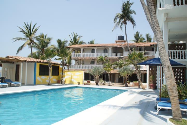 Villa Nirvana on the Beach #5