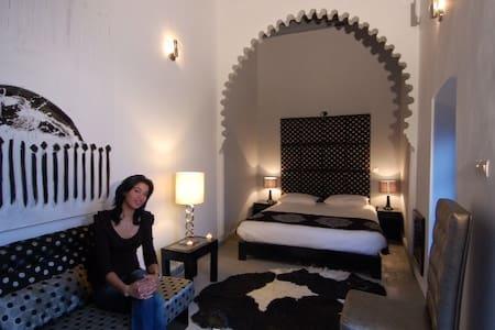 Riad7 chambre d hôtes  4 kms Beach resort  Mazagan