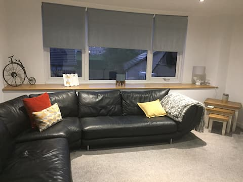 Central located , spacious 2 bedroom apartment