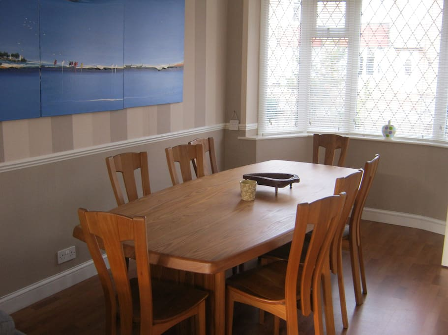 Solid wood dining table for up to eight people