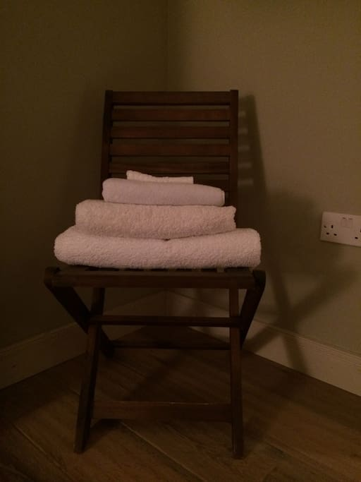 Fresh towels supplied