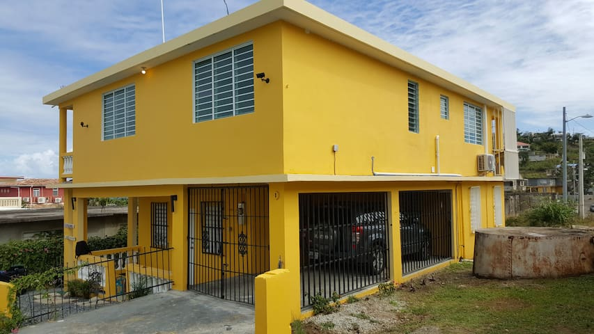 Casa Noni - 2 brm w/ Electricity, Wifi, near Ferry