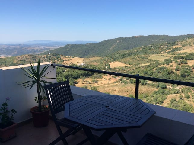 2 Bedroom Apartment in GAUCIN. Fantastic views!