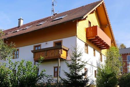 Gemütliche 3 Zi. FeWo im Zellertal - Arnbruck - Apartment