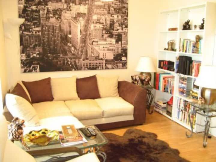Lovely Marina apartment in Cardiff Bay