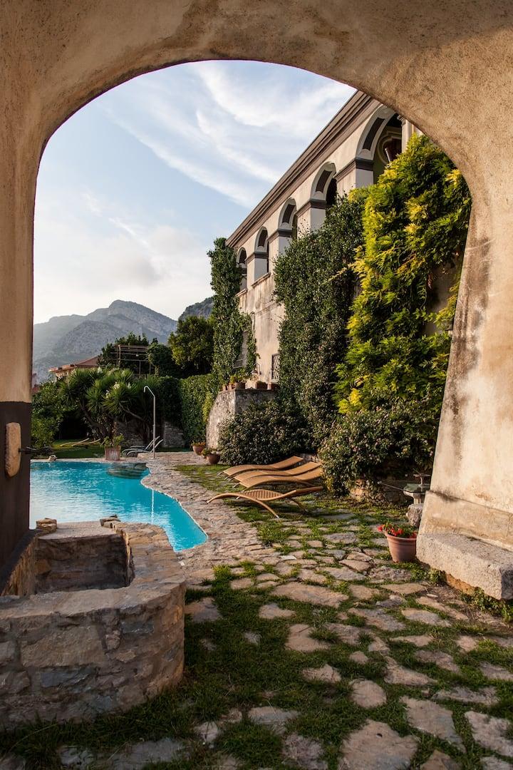 Agriturismo,B&B,Hotel,Villa and other Paestum  x 4