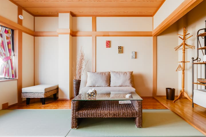 J&M Share space③Private Japanese room for female