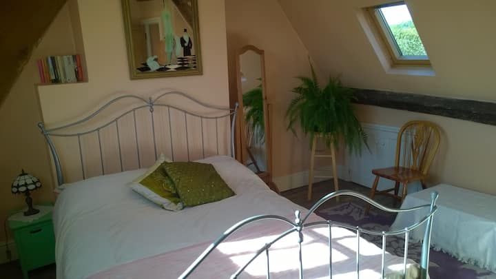 Double room in 18th century cottage
