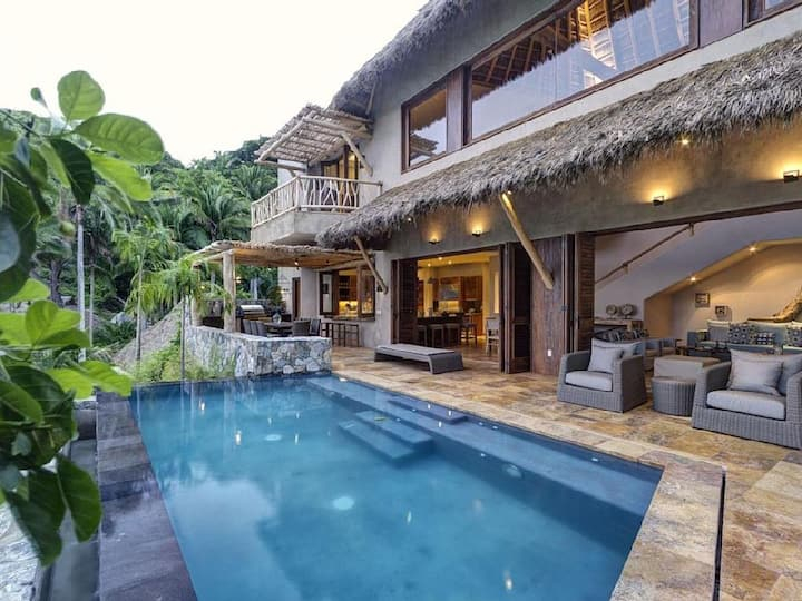 Awesome Ocean Front Jungle Villa