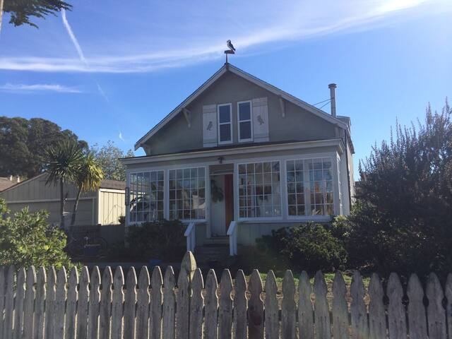 Coastal living in the Puffin House - Half Moon Bay - House