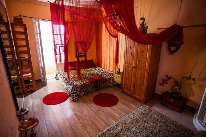 IBIZA TOWN  BIG room