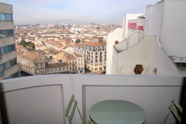 Charmant T2, 47m2,  Bordeaux-Centre - Bordeaux - Appartement
