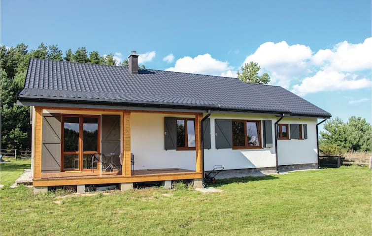 Semi-Detached with 3 bedrooms on 90m² in Kolczewo