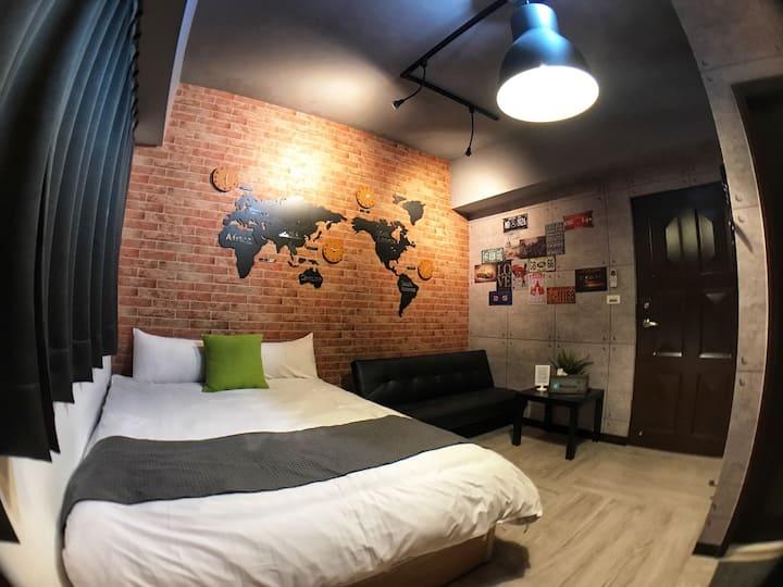 一中街藻宿《樓下一中商圈夜市》雙人房-各式主題風格房間-長租.短租