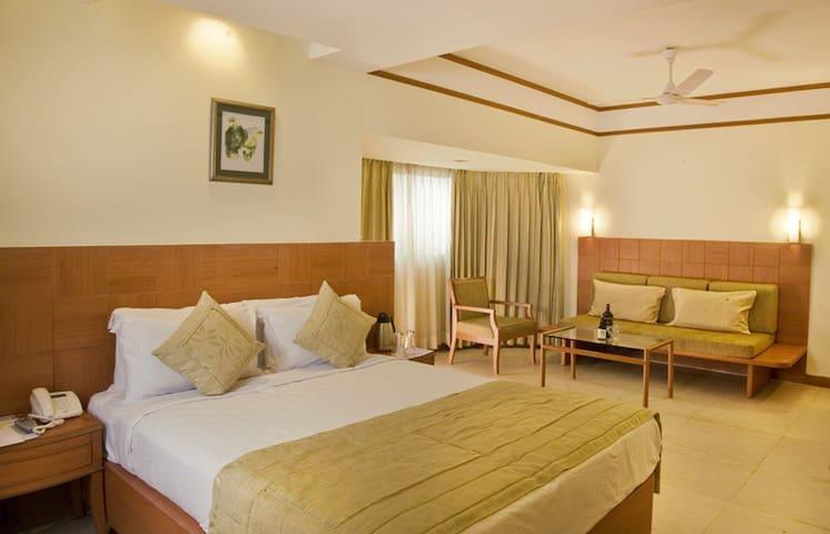 ★  Plumeria King Room  In Benaulim, Goa ★