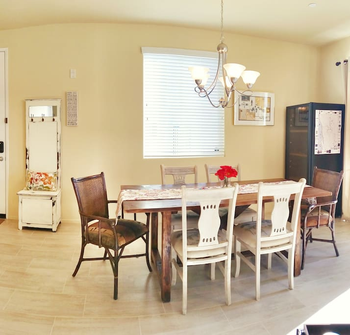Not too shabby habby tat houses for rent in temecula for Dining room near front door
