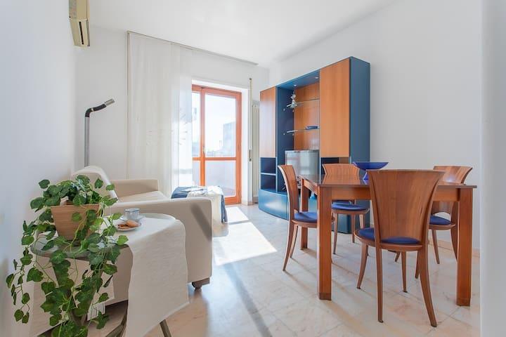 ATTICO SALOTTO - Vista Mare - Pescara, Abruzzo