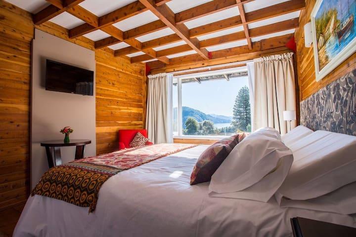 Rooms with amazing lake view - Los Lagos - Butikový hotel