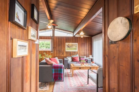 Entire 3-Bedroom House, Cosy Lodge, Nr St. Andrews - New Gilston - Chalet