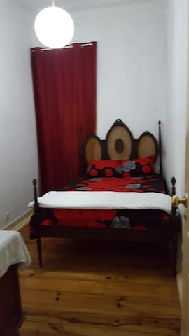 Room - 1 Close to Intendente Metro