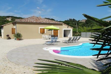 Villa avec piscine - Vinezac - Rumah