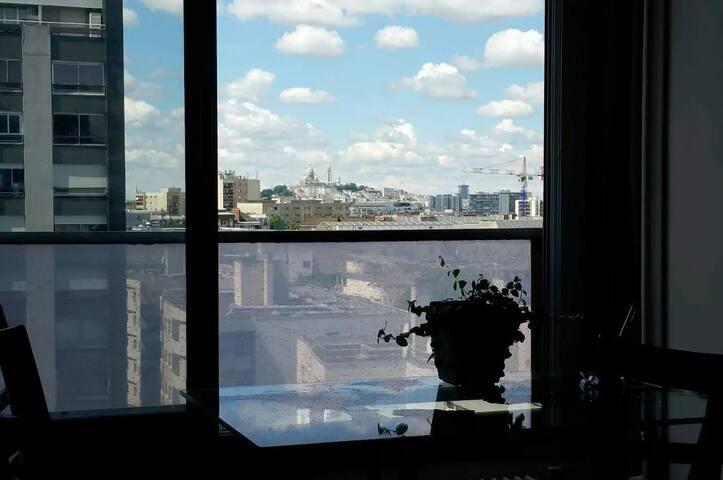 Studio avec magnifique vue sur Sacré-Coeur