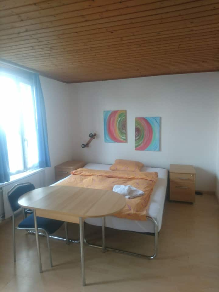 Studio mit eigenem Badezimmer