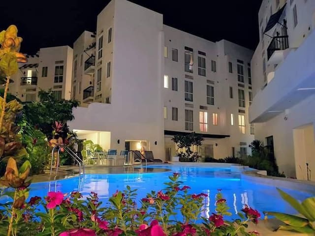 La Bella 2 Bedroom with Balcony Tagaytay Condotel