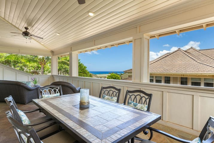 Oceanview Penthouse w/Huge Lanai and Private Elevator
