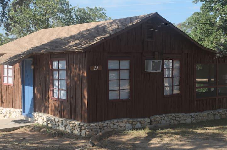 Cedar Lodge - Cabin 23