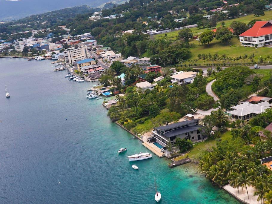 Onyx luxury resort frangipani 4 bedroom residence serviced apartments for rent in port vila - Hotel port salins 4 empuriabrava ...