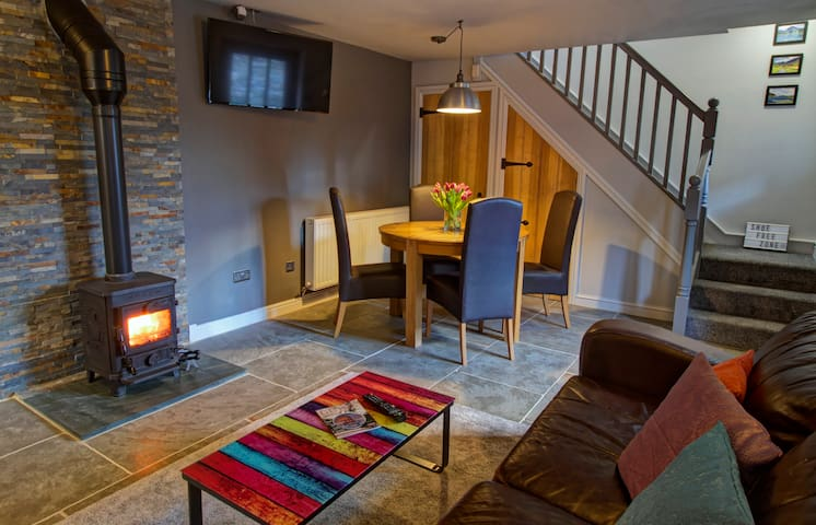 Cosy cottage near Cockermouth, Western Lakes
