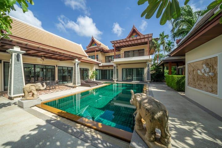 Empylean modern thai villa 100/21