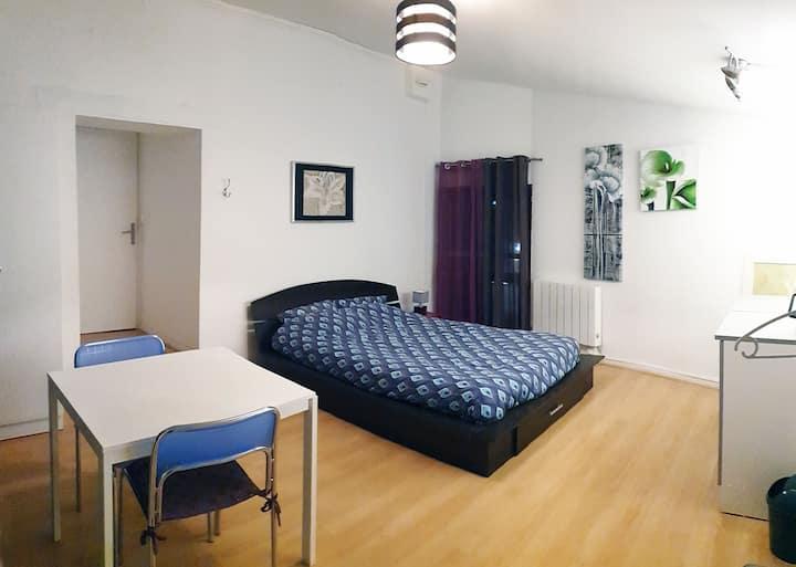 chambre 17m², 2 à 3 pers avec kitchenette - V