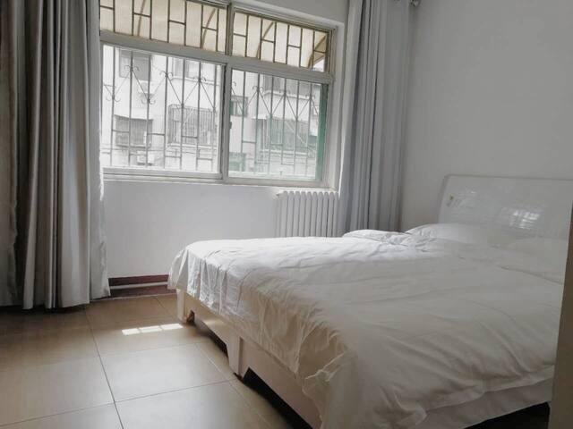 【新房特价】舒适洁净3居室,求学旅行好住所