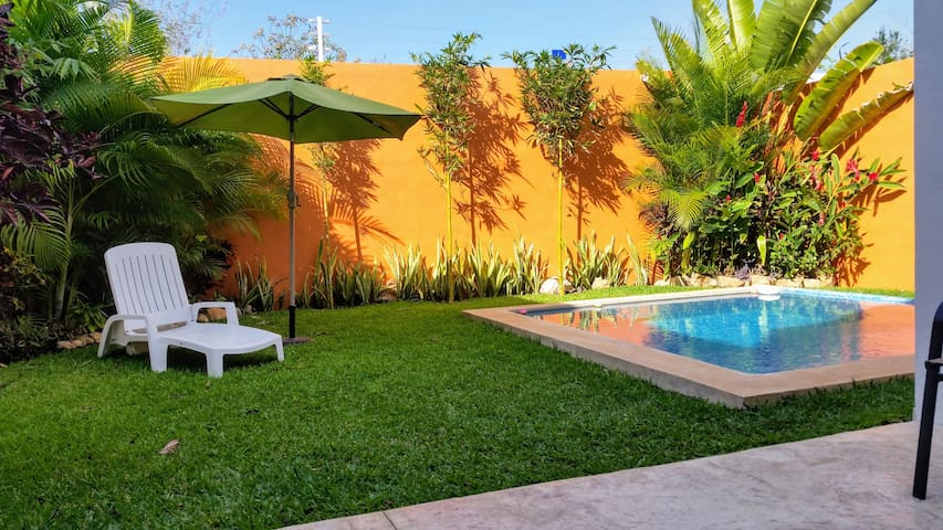Beutiful New 3 bed house & pool in gated  complex - Mérida - House