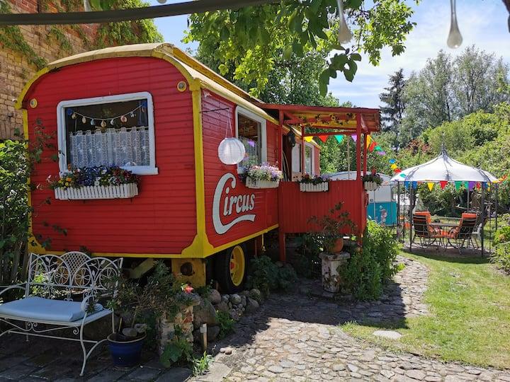 Anna Müritz - Original Zirkuswagen Ferienhaus
