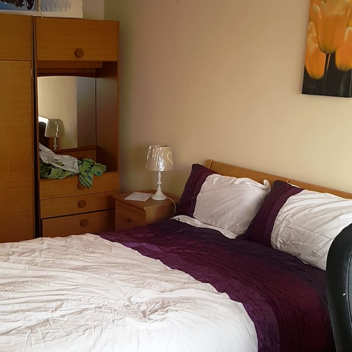 private room with double bed  R.C